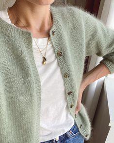Knit Cardigan Pattern, Sweater Knitting Patterns, Mohair Yarn, Knit Crochet, Knitwear, Couture, My Style, Sweaters, How To Wear