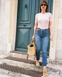 Classic Chic | White t with straight high- waisted jeans & basket bag