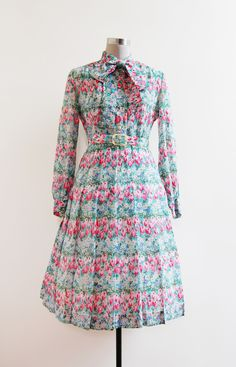 ✂ vintage 1950s Gardin de Tulipe Dress | http://etsy.me/11N5sHy