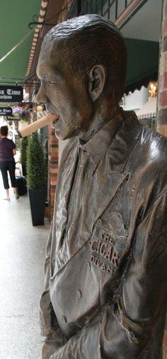 Cigar Man, Downtoen Perth