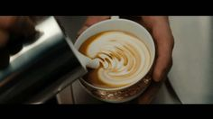 Before starting your cleanse though, you run to a local coffee shop for one last latte. Coffee Gif, Coffee Break, Hot Coffee, Coffee Drinks, Coffee Shop, Coffee Maker, Drinking Coffee, Gif Café, Animated Gif