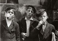 Child laborers in 1880. via Curiosities: Rare Historical Photos