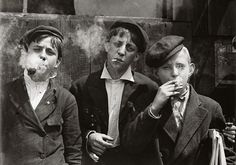 Child laborers in 1880.  via Curiosities: Rare Historical Photos