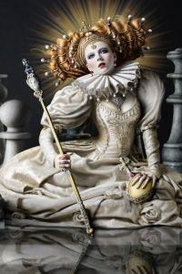 Baroque Fashion... detailing is beautiful