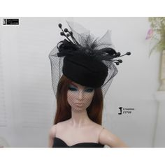 Chapeau Barbie capeline, casquette bonnet Fashion Royalty Silkstone Poppy Parker handmade by Accessoires Barbie, Poppy Parker, Poppies, Captain Hat, Royalty, Hats, Handmade, Fashion, Barbie Dolls