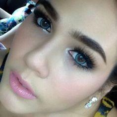 chompoo araya thai actress makeup