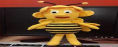 Örgü ile oyuncak arı yapımı