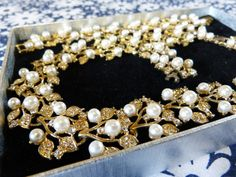 Gold tone leaf with faux pearls & rhinestones evening set in original box - necklace bracelet pierced clip on earrings - French 80s vintage /  Parure soirée collier bracelet bo percées doré strass perles - vintage années 80