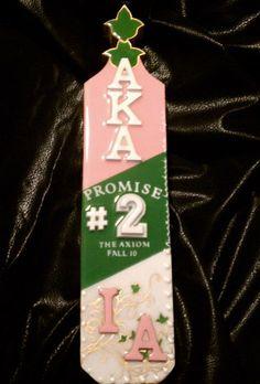 Greek Wood « Luxo Luxo Aka Sorority Gifts, Sorority Paddles, Sorority And Fraternity, Greek Paraphernalia, Greek Crafts, Greek Paddles, Alpha Kappa Alpha Sorority, Pink Apple, Diy Crafts For Gifts