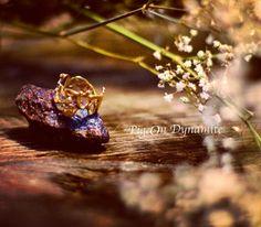 """""""Jukai"""" ring with hammered texture. www.PigeonDynamite.etsy.com #pigeondynamite jukaiリングはクリーマからも発売中です。エッツィーからはゴールド、シルバーも販売中✨#etsy #handmadering #etsyjewelry #jewelry #jukairing #valentinesdayjewelry #valentinesday #goldring #ma"""