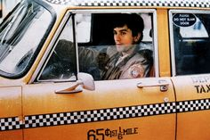NYC, Robert De Niro in Taxi Driver . great movie filmed in NYC Martin Scorsese, Taxi Driver, Film Movie, Crazy Taxi, Chauffeur De Taxi, New York Movie, New York Taxi, Movie Shots, Great Movies