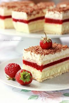 Arabeska : 3 bit truskawkowy - Zoey M. Healthy Cake, Healthy Desserts, Delicious Desserts, Yummy Food, Polish Desserts, Polish Recipes, Cookie Recipes, Dessert Recipes, Cooking Cake