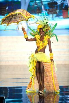 Miss Universe National Costume 2012 – St.Lucia