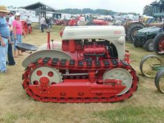 Dearborn Implements For Ford Tractor - Yahoo Image Search Results Antique Tractors, Vintage Tractors, Vintage Farm, Old Farm Equipment, Heavy Equipment, Ford Tractors, Ford Trucks, Pickup Trucks, New Tractor