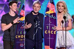 2015 Teen Choice Awards: FULL Winners List | El Broide The Emmys, Teen Choice Awards, Older Men, Soundtrack, Kids, Young Children, Boys, Children, Boy Babies