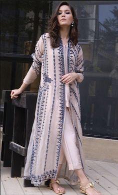 Pakistani Dresses Casual, Pakistani Dress Design, Formal Dresses, Designer Punjabi Suits, Brown Hair Balayage, Fashion Dresses, Women's Fashion, Cardigan Fashion, Dress Designs