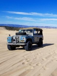 Land Rover Serie 1, Land Rover Defender, Diy Seat Covers, Truck Wheels, 4x4 Trucks, Fiat 500 Car, Beach Cars, Cars Land, Mustang Cars