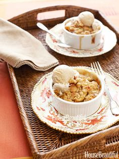The Ultimate Fall Dessert: Apple-Pear Crumble with Maple-Cinnamon Ice ...