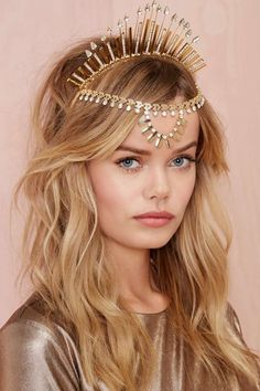 Something Queen Cassiopeia would have worn when she was young. Head Accessories, Fashion Accessories, Head Jewelry, Jewellery, Circlet, Tiaras And Crowns, Headgear, Hair Day, Headdress