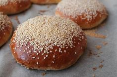 Fuldkornsburgerboller