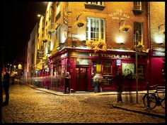 I didn't like walking in heels on cobblestone roads but I'll go through it again if you let me!  Temple Bar District, Dublin, Ireland <3