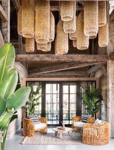 When nature becomes the essence of design - PLANETE DECO a homes world - Trend Home Design 2019 Home Interior Design, Interior Architecture, Interior And Exterior, Interior Decorating, Decorating Games, Bamboo Architecture, Interior Livingroom, Interior Modern, Deco Restaurant