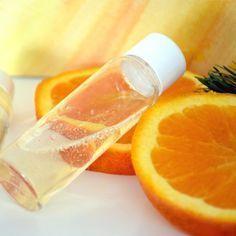 Recette cosmétique maison : Shampooing antipelliculaire Bois d'Orange par JoliEssence.com
