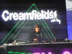 Pia Sotomayor en la apertura de Creamfields Chile 2012