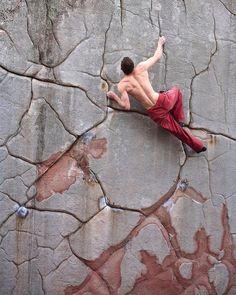 Escalade Woman Shorts and Bermudas womans bermuda shorts denim elastic waist Climbing Wall, Rock Climbing, Trekking, Escalade, Kayak, Mountain Climbing, Creative Pictures, Extreme Sports, Mountaineering