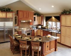 Traditional Kitchen Island Breakfast Bar Design, Pictures, Remodel, Decor and Ideas - page 2