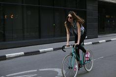 Sveta Retrospec | CyclePhotgrapher: Alena Chendler | http://cycleslady.com