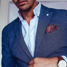 Retro Design Pocket Square in Reds and Blue - If you have been looking for ways to add new style to your navy blue suit, then here is a perfect accessory that will add interesting pattern and color. Navy Blue Suit, Blue Bow, Red And Blue, Pocket Square Styles, Men's Pocket Squares, Retro Design, Suit Jacket, Menswear, Style Inspiration