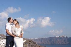 Honeymoon Photo Shoot in Oia Honeymoon Photography, Wedding Photography, Santorini Honeymoon, Santorini Photographer, Grand Canyon, Photoshoot, Couple Photos, Couples, Nature