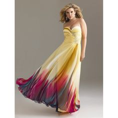 This freaking dress is GORGEOUS!