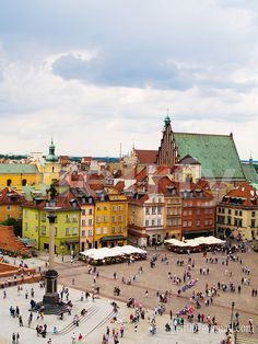 Old town square, Warsaw, Poland. [I can't wait to visit Poland...]