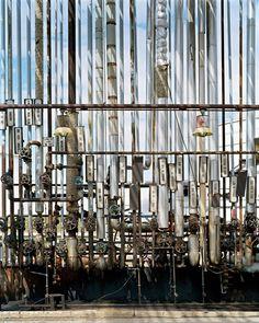 Oil Refineries #3  Oakville, Ontario, Canada, 1999  photographer: Edward Burtynsky