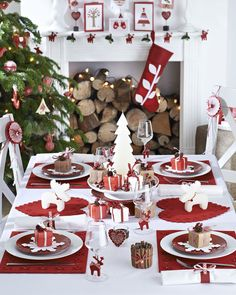 deco table noel traditionnelle rouge blanc