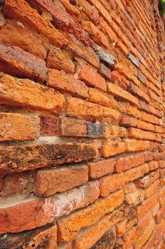 Textura de la pared de ladrillo en ruinas del templo en el Parque Histórico de Ayutthaya, Tailandia Foto de archivo