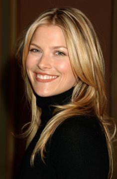 Elegantly ineffable excellence of Ali Larter ...  Natty heat of passion...   In 1999, Larter began her film career with an appearance in Varsity Blues, which re-united her with Dawson's Creek star Van Der Beek and close friend Amy Smart.