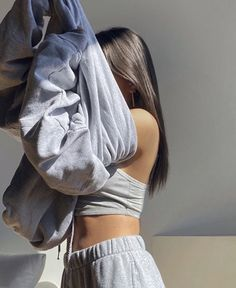 cute and comfy outfits Mode Style, Style Me, Mode Outfits, Fashion Outfits, Photoshoot Fashion, New Foto, Look Fashion, Fashion Art, Aesthetic Clothes