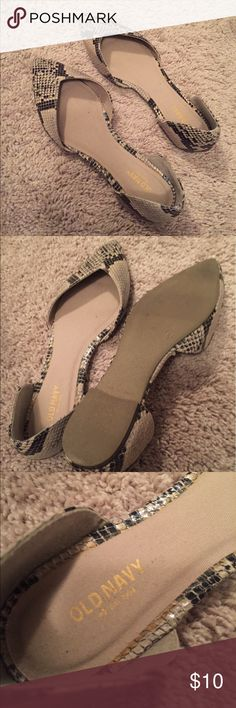 Snake skin flats Snake skin flats that are too small on my feet. These are a re-posh. Old Navy Shoes Flats & Loafers