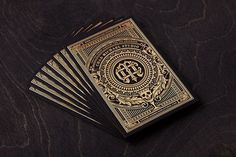 10 business cards for graphic designers you'll want to keep (Creative Bloq) Examples Of Business Cards, Foil Business Cards, Luxury Business Cards, Vintage Business Cards, Font Design, Design Poster, Business Card Design, Creative Business, Branding
