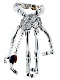 If you are up for the splurge, check out this Delfina Delettrez skeleton hand bracelet $23,000, get it here here: http://rstyle.me/~2b0m0