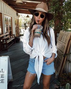 I'm so easy to please. I want shorts weather year-round & an iced chai daily. Thx #SivanAylaStyle #outfitoftoday