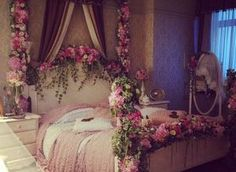 24 Beautiful Bedroom Decorating With Roses
