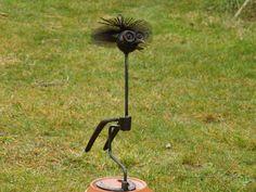 décoration extérieure, oiseau (outils recyclés)