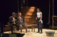 Triatreros Grupo de Teatro estrea Matanza, de Roberto Salgueiro o próximo domingo día 2 de febreiro ás 18:00 h. no Salón Teatro de Santiago de Compostela.   O prezo da entrada é de 5 €.