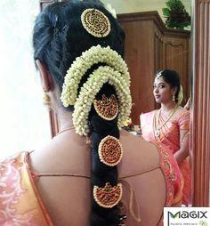 www.sameepam.com   South indian bridal hair with temple set www.weddingstoryz... Wedding Storyz | Indian Bride | Indian Wedding | Indian Groom | South Asian | Bridal wear | Lehenga details | Bridal Jewellery | Makeup | Hairstyling | Indian | South Asian | Mandap decor | Henna Mehendi designs