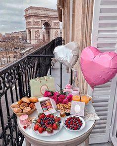 The 18 Best Budget Travel Destinations For 2019 Soirée Pyjama Party, Birthday Goals, Happy Birthday Images, Best Budget, Birthday Decorations, Sweet 16, Valentines Day, Brunch, Paris
