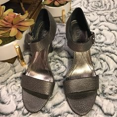1e6616430841 19 Best Silver wedges images